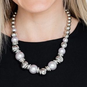 Hollywood HAUTE-spot silver necklace